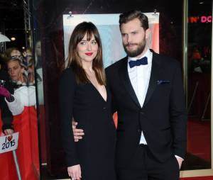 Fifty Shades of Grey : Dakota Johnson et Jamie Dornan nus dans la suite ?