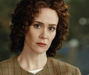 The People v O.J. Simpson (American Crime Story) : Sarah Paulson dans le rôle de Marcia Clarke