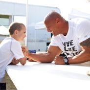 Dwayne Johnson : The Rock réalise le rêve d'un enfant malade
