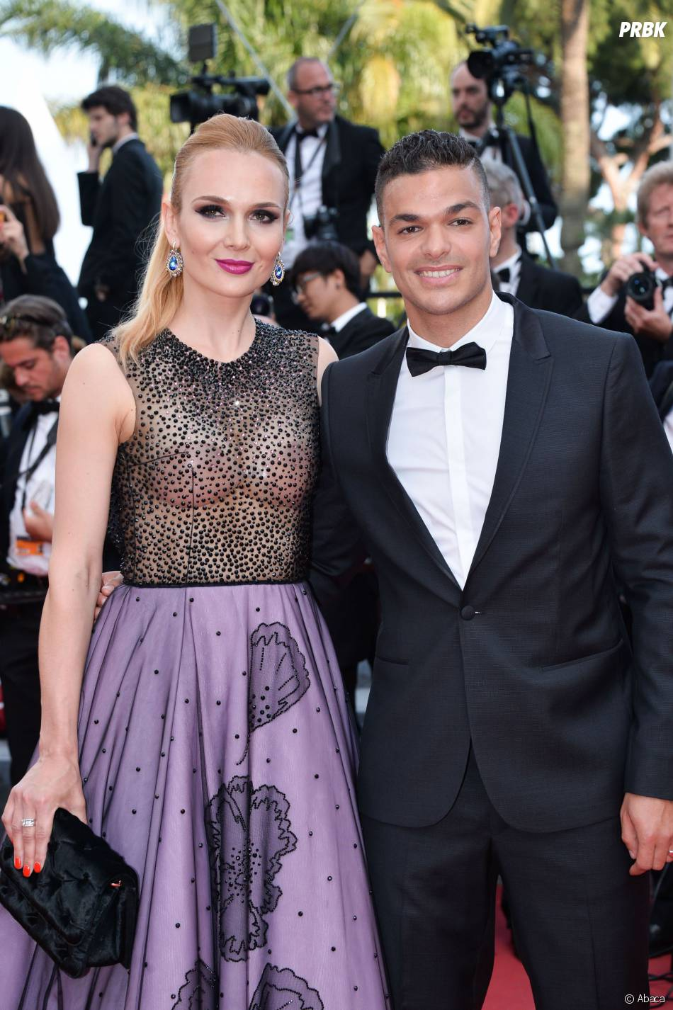Hatem Ben Arfa et Angela Donova montent les marches au Festival de Cannes le 16 mai 2016