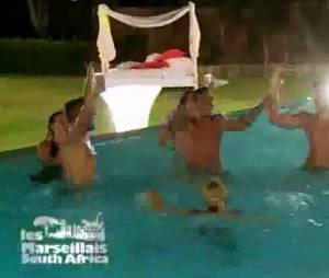 Les candidats des Marseillais South Africa ont terminé leur dernière soirée dans la piscine.