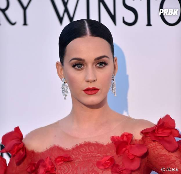 Katy Perry VS Taylor Swift : la guerre est-elle finie ? Non, il s'agit d'un hacker qui veut les réconcilier.