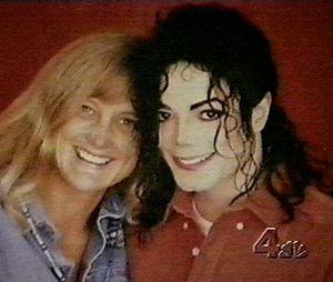 Michael Jackson et Debbie Rowe, son ex femme mais aussi la mère biologique de ses deux premiers enfants Paris et Prince Jackson.