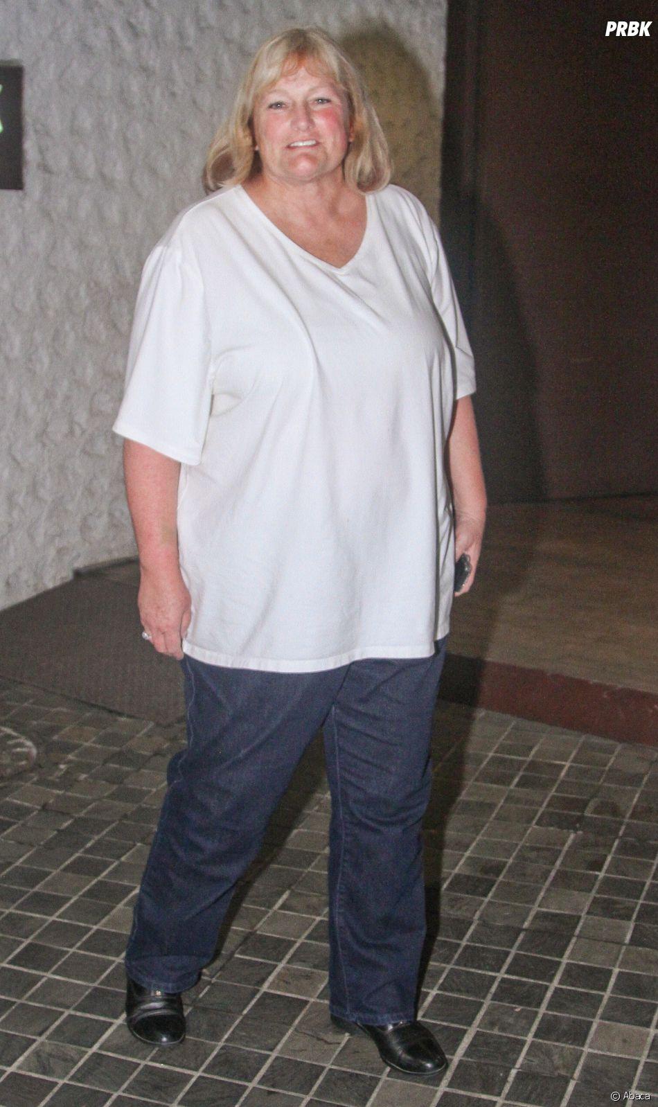 Debbie Rowe, l'ex femme de Michael Jackson, aurait reçu un sms de soutien de sa fille Paris.
