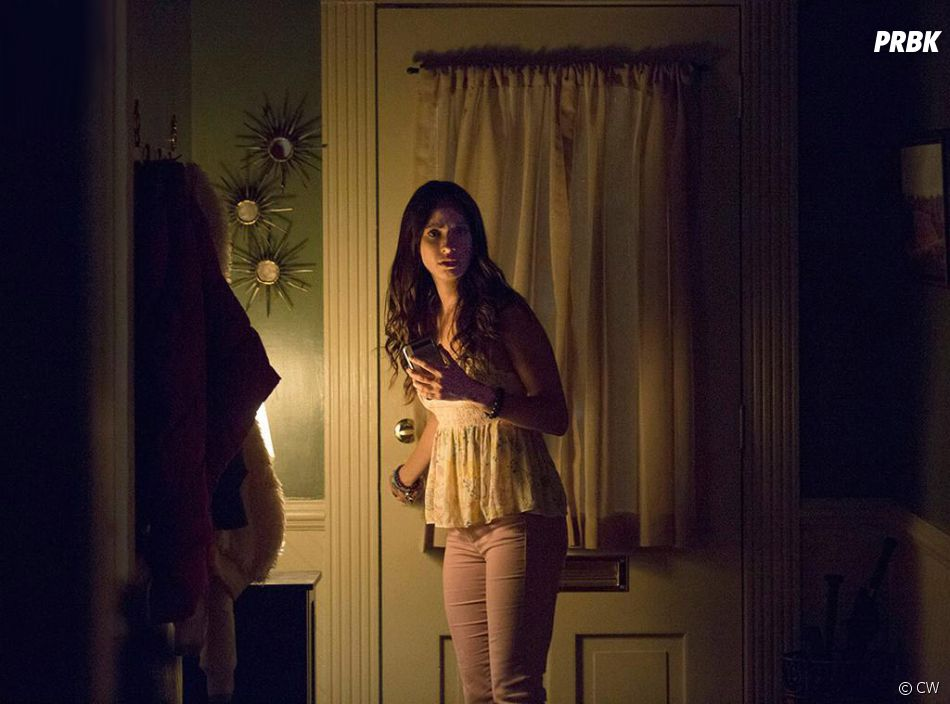 The Vampire Diaries saison 8, épisode 1 : Seline (Kristen Gudoskie) sur une photo
