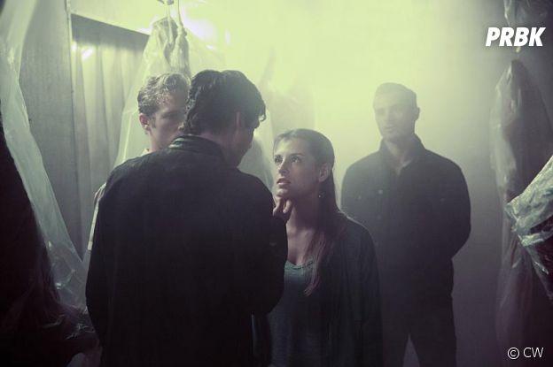 The Vampire Diaries saison 8, épisode 1 : Damon manipulateur sur une photo