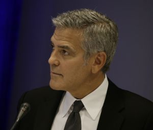 Angelina Jolie et Brad Pitt divorcent, George Clooney l'apprend en pleine interview... et reste sous le choc !
