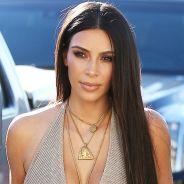 Kim Kardashian agressée à cause de sa surexposition sur les réseaux sociaux selon la police