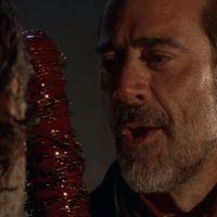 The Walking Dead saison 7 : bain de sang et Rick en danger dans un extrait flippant