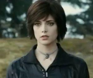 Ashley Greene alias Alice dans Twilight, était la première fille avec qui a couché Joe Jonas. Il a détaillé leur première fois.