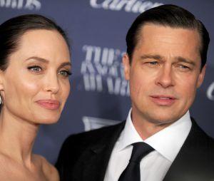 Brad Pitt et Angelina Jolie : les papiers officiels du divorce ne seraient pas encore signés.