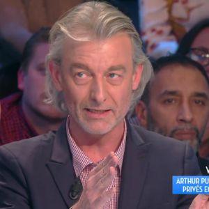 Arthur affiche Gilles Verdez sur Twitter : le chroniqueur réagit dans TPMP, Cyril Hanouna s'en mêle