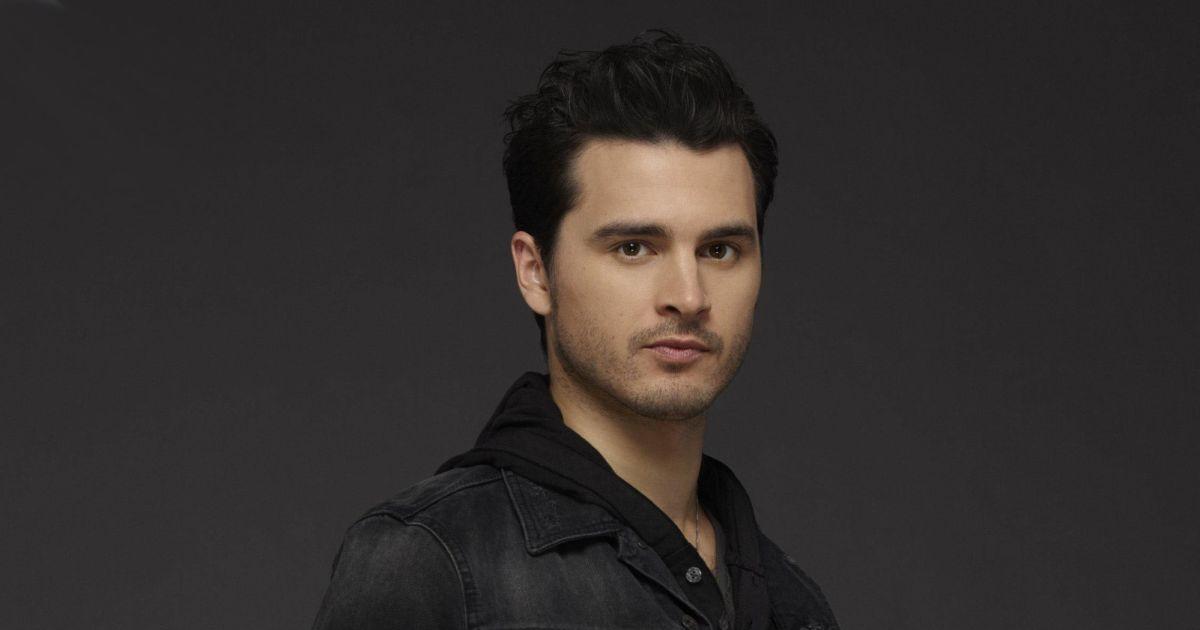 The Vampire Diaries Saison 8 Enzo Est Mort Dans L