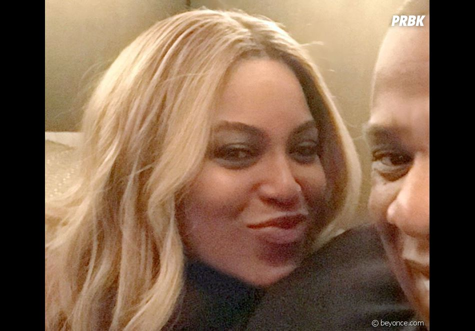 Beyoncé enceinte de jumeaux : la star dévoile son ventre rond à une soirée chez Harvey Weinstein !