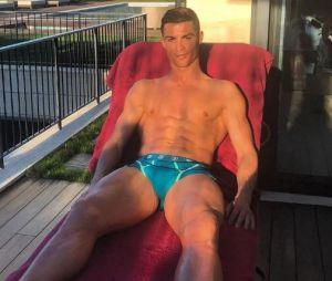 Cristiano Ronaldo : 3.000 abdos par jour ? CR7 répond enfin à la rumeur !