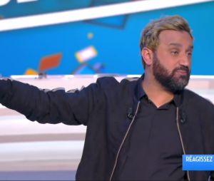 Cyril Hanouna relève le défi de Gad Elmaleh et se teint en blond !