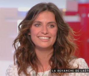 Laëtitia Milot émue aux larmes par un message de son mari Badri dans C à vous le 31 mars 2018 sur France 5
