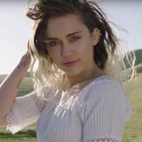 """Miley Cyrus assagie : fini les clips sexy, dans """"Malibu"""" elle déclare sa flamme à Liam Hemsworth"""