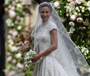 Pippa Middleton et sa robe de mariée signée Giles Deacon