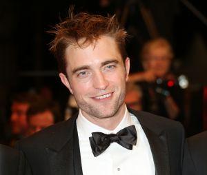 Robert Pattinson sur le tapis rouge du film Good Time au Festival de Cannes 2017