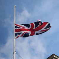 Attentats de Londres : Ariana Grande, Agathe Auproux, Vianney... les hommages des stars