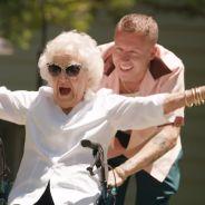"""Clip """"Glorious"""" : Macklemore emmène sa grand-mère en balade pour ses 100 ans"""
