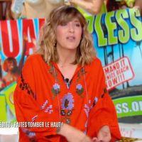 Daphné Bürki ose le topless pour la première de sa nouvelle émission ! Un retour drôle et sexy