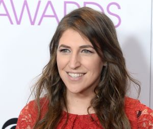 Mayim Bialik (The Big Bang Theory) fait polémique en plein affaire Harvey Weinstein