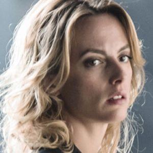 Contact saison 1 : comment Sara Mortensen a-t-elle appris à être policière ? Une anecdote WTF
