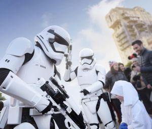 Embarquez pour la Saison de la Force à Disneyland Paris. Venez réveiller le Jedi qui sommeille en vous !