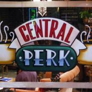 Friends : Warner Bros va ouvrir un VRAI café Central Perk