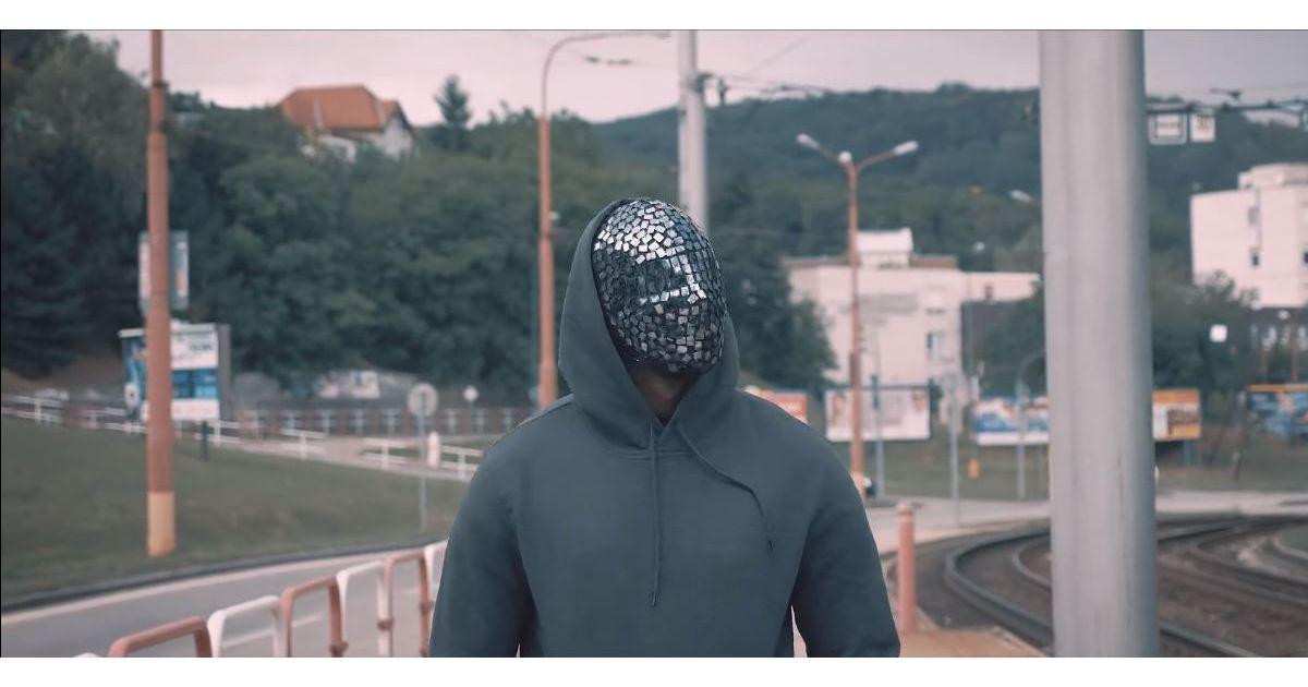Heezy Lee : l'homme de l'ombre du rap français déploie ses ailes avec
