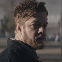 """Clip """"Next To Me"""" d'Imagine Dragons : Dan Reynolds sur le chemin de la rédemption"""