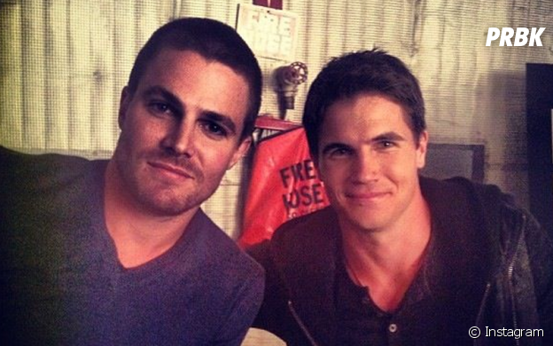 Robbie Amell et Stephen Amell sont cousins