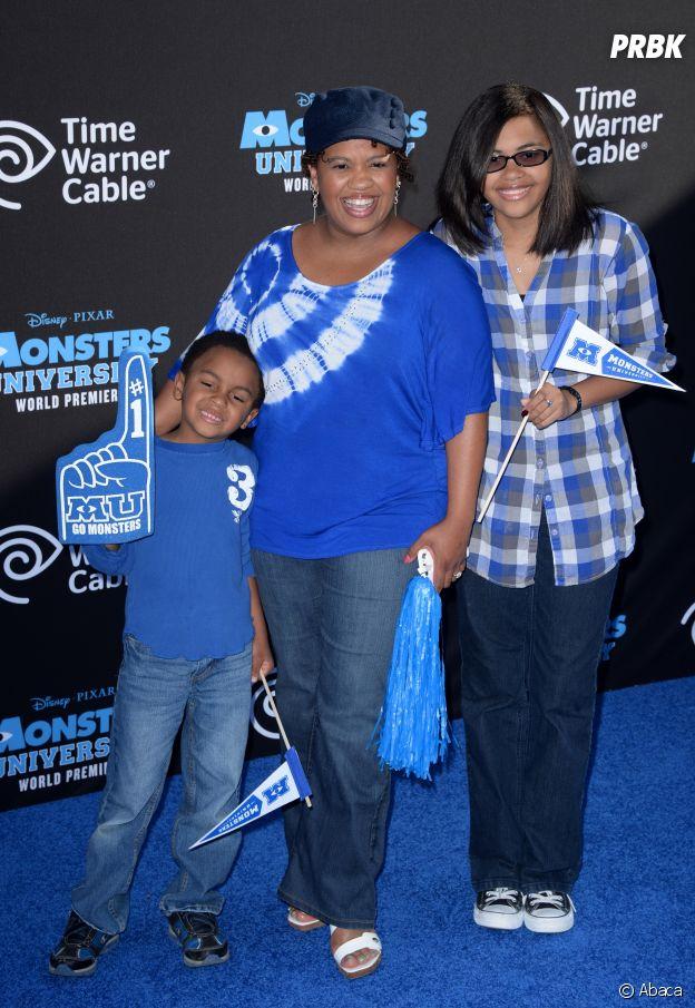 Chandra Wilson pose avec ses enfants