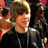 Justin Bieber ... Le garçon qui ne voit pas les glaces