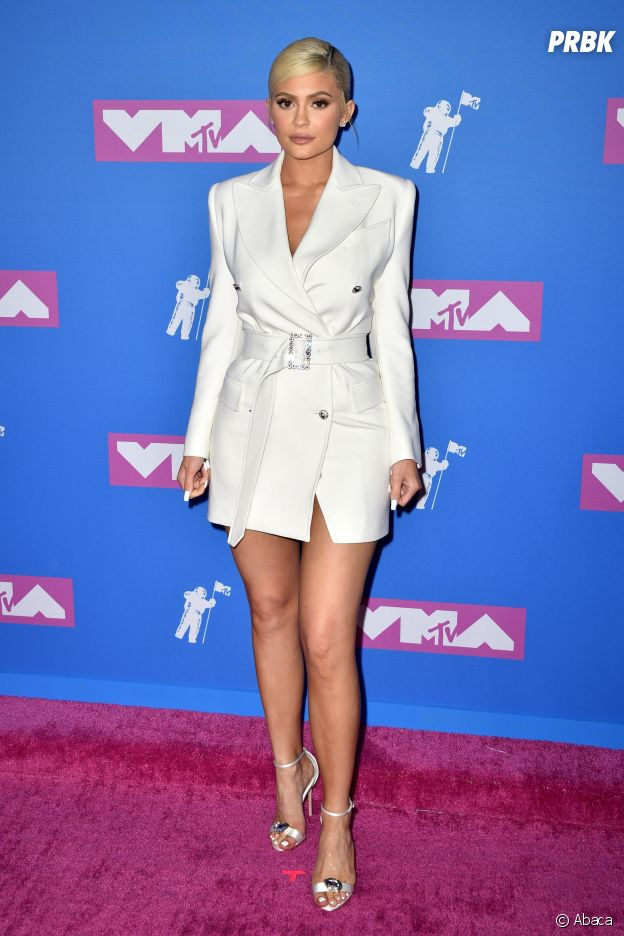 Kylie Jenner sur le red carpet des MTV VMA 2018.