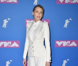 Blake Lively sur le red carpet des MTV VMA 2018.