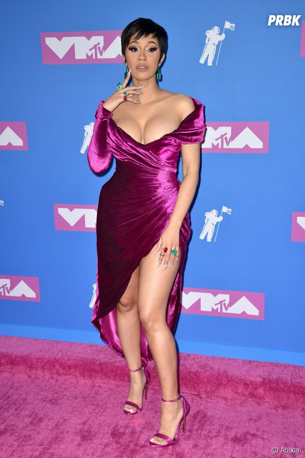 Cardi B sur le red carpet des MTV VMA 2018.