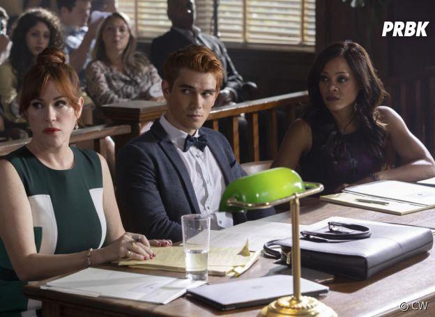 Riverdale saison 3, épisode 1 : Mary (Molly Ringwald) de retour