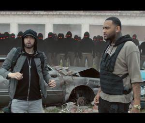 """Clip """"Lucky You"""" : Eminem et Joyner Lucas imités par des clones dans un monde post-apocalyptique"""