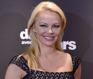 """Pamela Anderson (Danse avec les stars 9) répond aux haters : """"je ne peux pas autoriser les mensonges"""""""