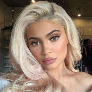 Kylie Jenner attaquée en justice... à cause de son maquillage