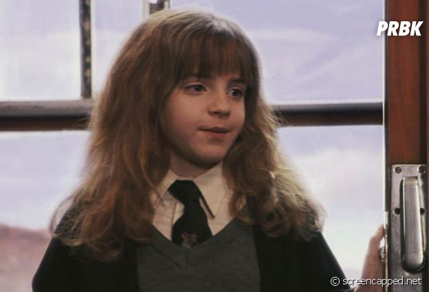 Harry Potter : Tom Felton (Drago Malefoy) n'est pas le seul à avoir bien changé, Emma Watson (Hermione Granger) a elle aussi bien grandi.