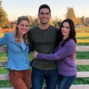 The Flash, Arrow et Supergirl : Superman et Lois Lane réunis sur une photo officielle du crossover