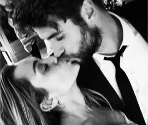 Miley Cyrus et Liam Hemsworth partagent des photos de leur mariage célébré le 23 décembre 2018