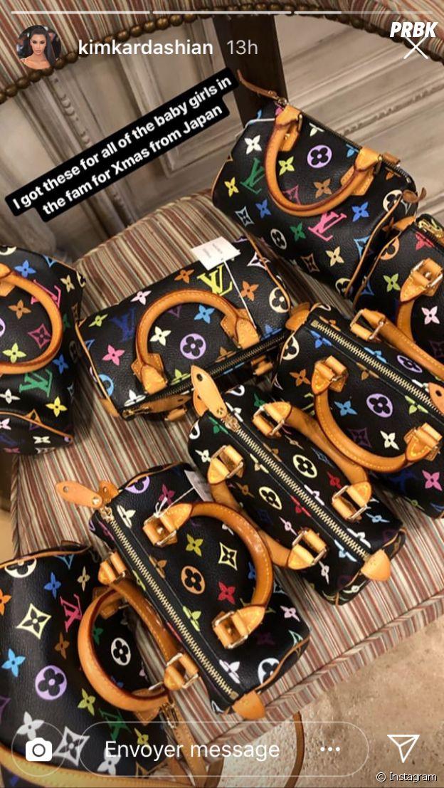 Kim Kardashian a acheté des sacs Louis Vuitton pour ses filles et ses nièces.