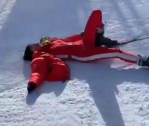 Nabilla Benattia apprend à skier et ses chutes en vidéo sont priceless !