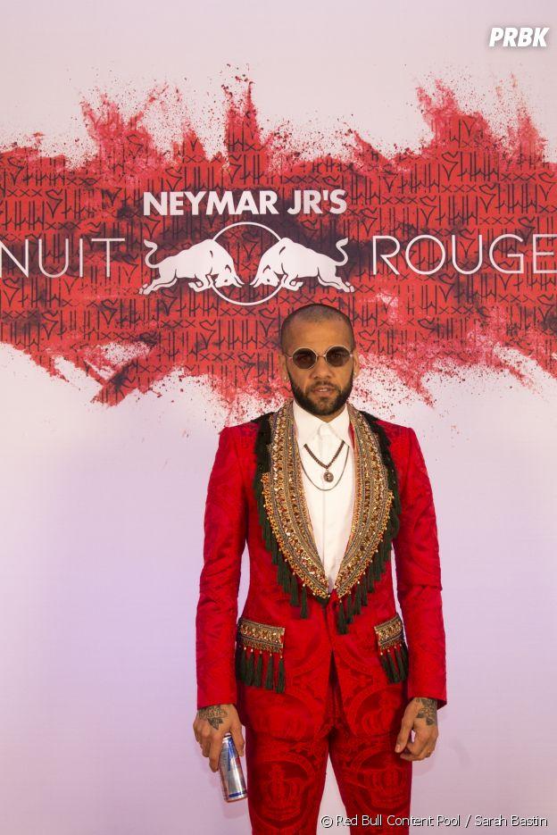 Dani Alves à l'anniversaire de Neymar à Paris.