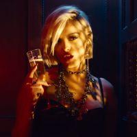 """Clip """"Last Hurrah"""" : Bebe Rexha se la joue ange et démon 👼😈"""
